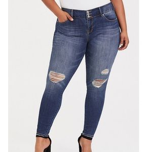 Torrid premium distressed denim jeans jeggings 24R